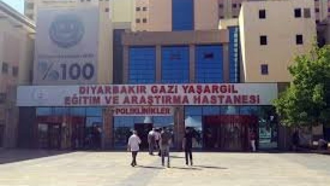 Diyarbakır'da aynı aileden üç kişi koronavirüsten yaşamını yitirdi