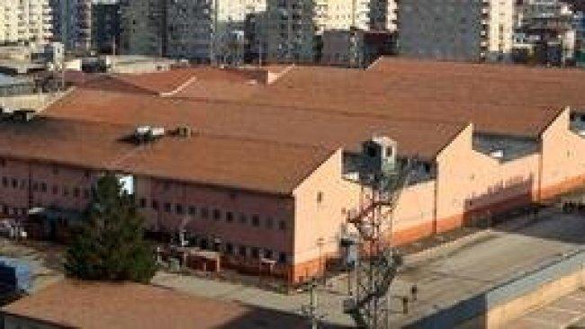 'Diyarbakır'a sürgün edilen 439 mahpus darp edildi'