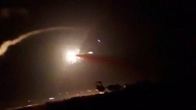 İsrail, İran destekli milisleri vurdu: 14 ölü