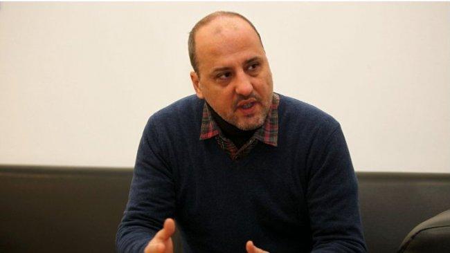 Ahmet Şık: 'komplo teorilerine itibar etmeyin'