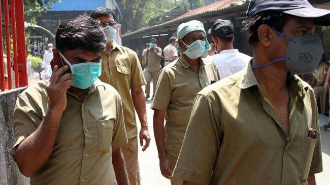 Hindistan'daki koronavirüs vaka sayısı Çin'i geçti