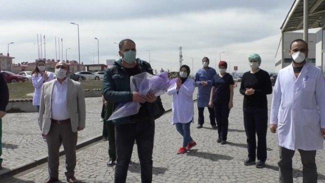 Kars'ta koronayı yenen kişi yemek daveti verdi, 146 kişiye virüs sıçradı
