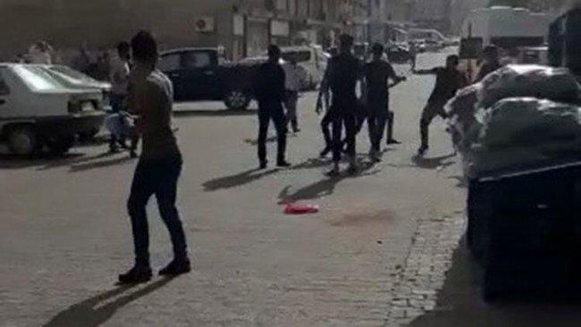 Urfa'da taşlı sopalı kavga! 8 yaralı