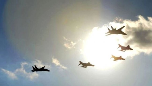 Rusya, NATO hava sahasına yaklaştı, 3 ülkeden jetler havalandı