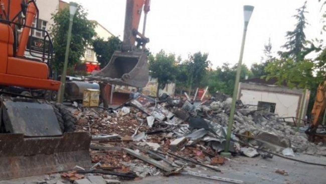 Kayyum, Celadet Ali Bedirxan Kütüphanesi yıktırdı
