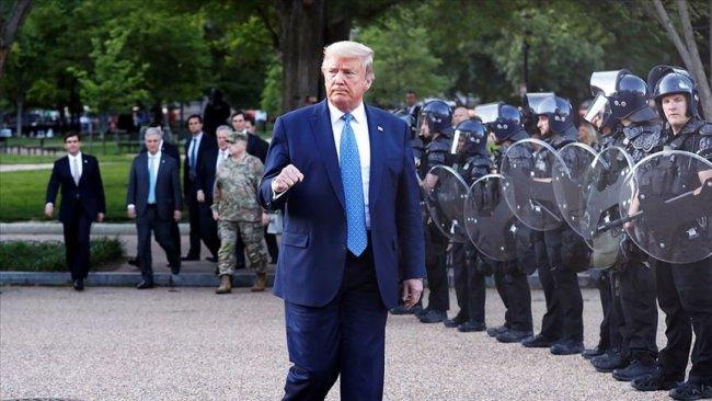Trump'tan Ulusal Muhafızlara çekilme emri