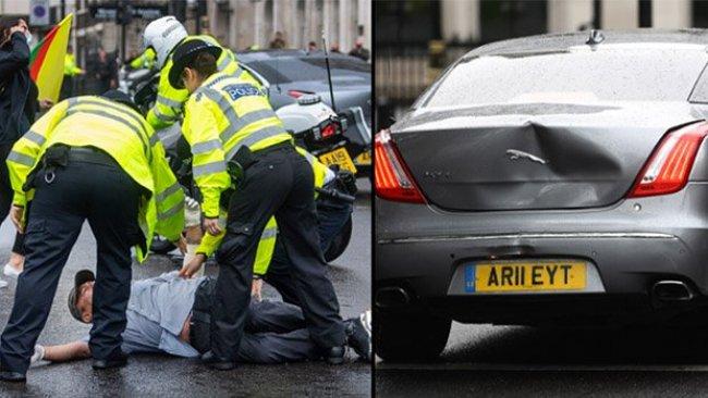 Londra'da Kürt gösterici yola atladı; Boris Johnson'ın aracı kaza yaptı