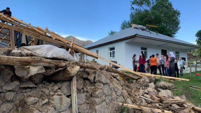 HDP heyeti deprem bölgesi Bingöl'de inceleme yaptı