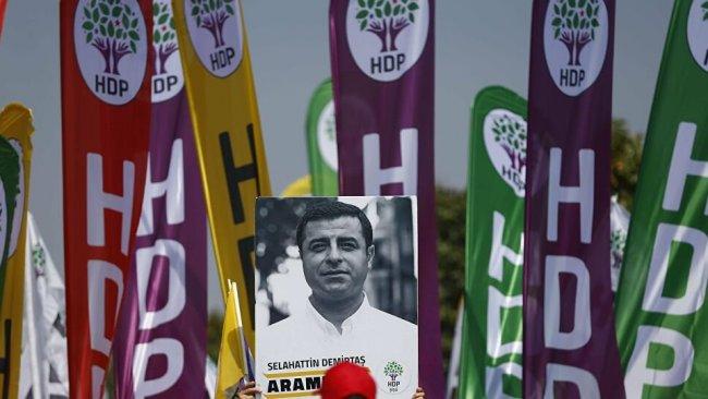 'HDP, Demirtaş ile arasına mesafe koymalı(!)'