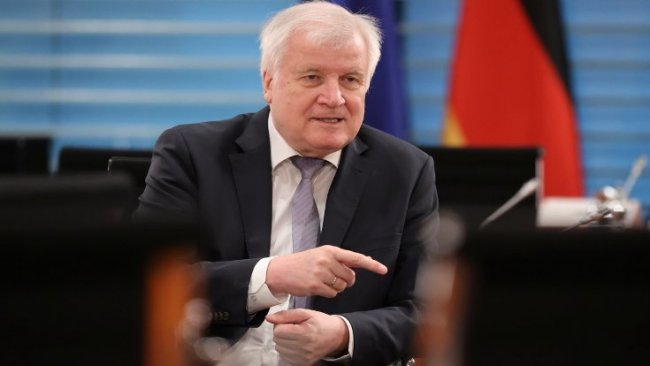 Almanya'da sansür kavgası: Türkiye'de değiliz!