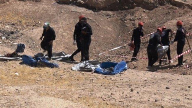 Rakka'da toplu mezar: 5 bin 900 cenaze bulundu