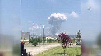 Hendek'te havai fişek fabrikasında patlama: 'Yaklaşık 200 kişi içeride'