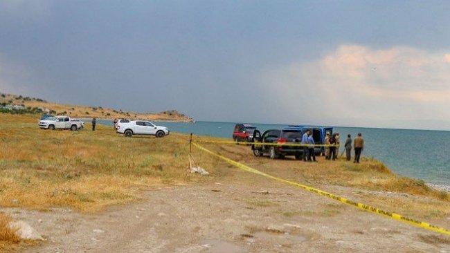 Van Gölü'nde 2 kişinin daha cansız bedenine ulaşıldı