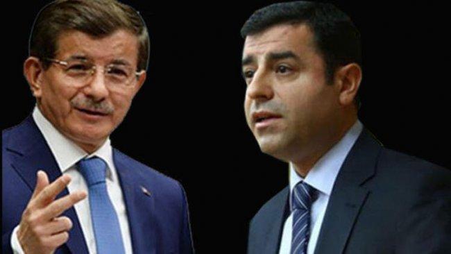 Davutoğlu: Selahattin Demirtaş ile HDP'nin kimlik siyasetini aşması konusunu çok konuştuk