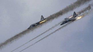 Fransız savaş uçakları IŞİD'i vurdu