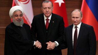 Ruhani: Tahran, Moskova ve Ankara'nın Suriye konusundaki işbirliği sürmeli