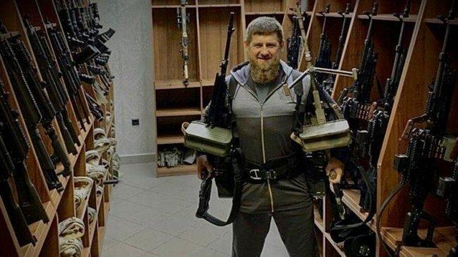 Çeçen lider Kadirov'dan ABD'ye silahlı yanıt: Savaşı kabul ediyoruz