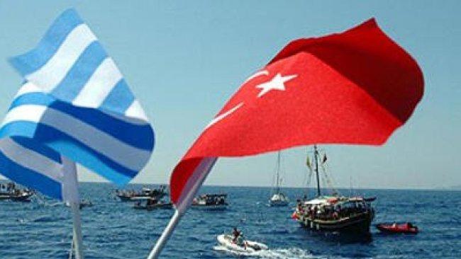 Alman basını: Türk-Yunan donanmalarının sıcak teması son anda önlendi