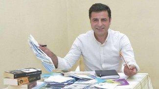 İYİ Parti'den Demirtaş'a: Parmağını kırarız
