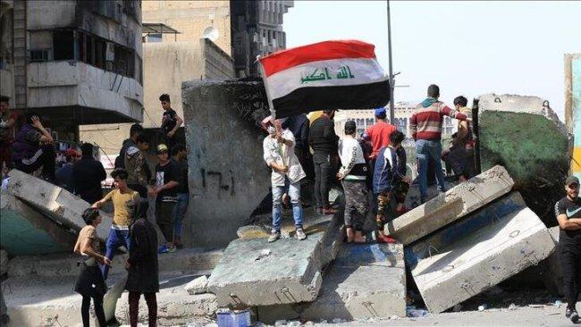 Bağdat'ta hükümet karşıtı gösteriler alevlendi: 2 ölü