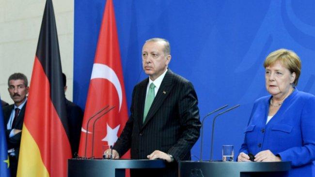 ''Libya'da Türkiye-Almanya gerilimi yakın''