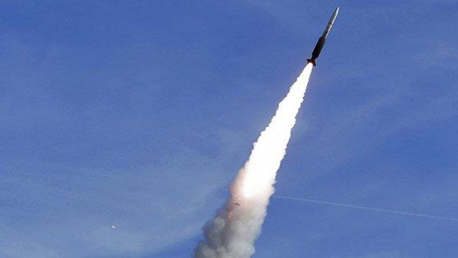 İran füzeleri BAE üssü yakınındaki bölgeyi hedef aldı!
