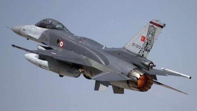 TSK savaş uçakları Duhok yakınlarında bir aracı hedef aldı