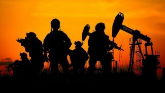 Rus uzman: ABD'nin Suriye'deki petrol planları DSG'nin elini güçlendiriyor