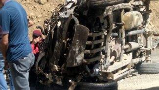 Yüksekova'da bir araç uçuruma yuvarlandı: 6 ölü, 1 yaralı!