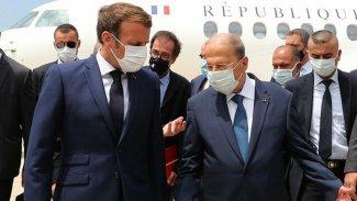 Macron : Lübnan siyasi ve ekonomik bir krizle karşı karşıya