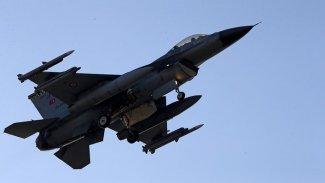 Türk savaş uçakları Irak ordusuna ait aracı vurdu