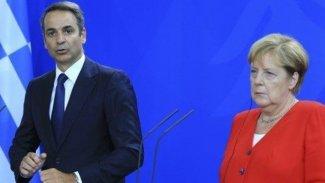 Erdoğan'dan sonra Miçotakis de Merkel ile görüştü