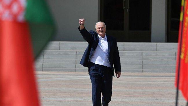 Lukaşenko: Putin'le Belarus'un batısında askeri tehdit oluşması halinde ortak askeri güç kullanma kararı aldık