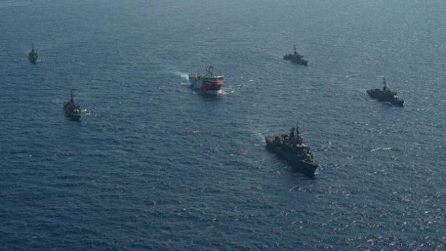 Yunanistan: Türkiye, bölgedeki tüm savaş gemilerini derhal geri çekmeli