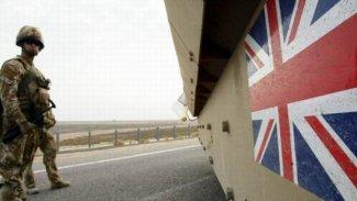 Bağdat'ta İngiliz diplomatları taşıyan araca saldırı