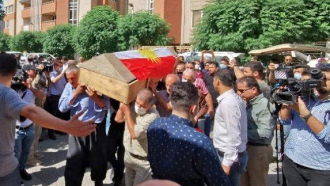 Katledilen Kürt ailenin cenazeleri toprağa verildi