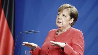 Merkel: Kürtler de özgür ve barış içinde yaşamalı