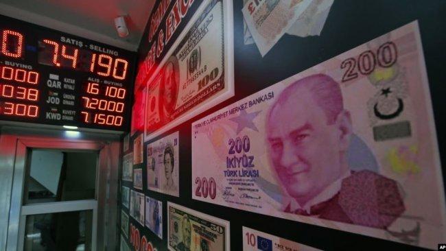 ABD'li Uzman: 'Türk lirasında değer kaybı sürecek'