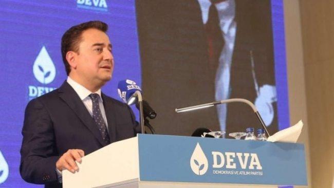 Babacan: Yönetim ülkede yeniden Kürt sorunu oluşturuyor