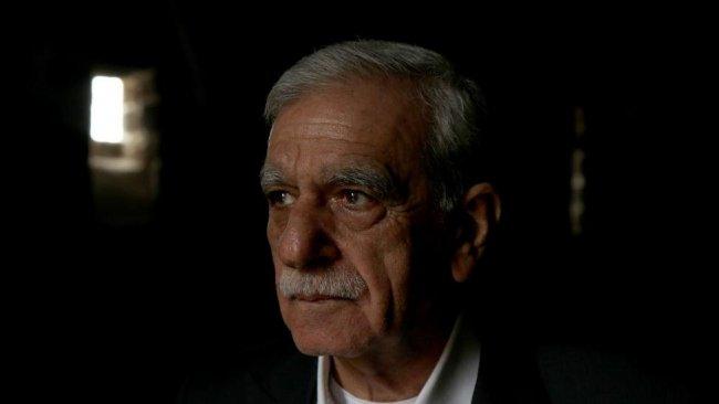 'Kobanê'ye valinin izniyle gittim': Ahmet Türk hakkında adli kontrol kararı
