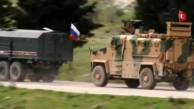 Rojava'da Rus-Türk ortak devriyesi