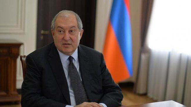 Ermenistan Cumhurbaşkanı'ndan hükümete istifa ve erken seçim çağrısı
