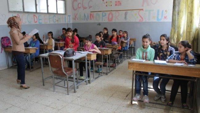 Suriye Eğitim Bakanı: Okulları Özerk Yönetim'in elinden alacağız