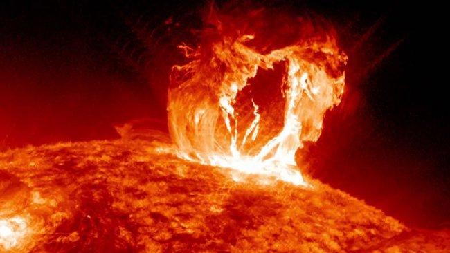 Güneş'te son üç yılın en büyük patlaması meydana geldi