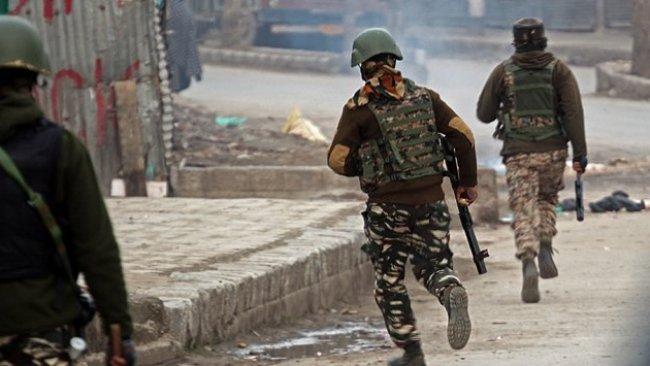 Pakistan ile Hindistan arasında çatışma