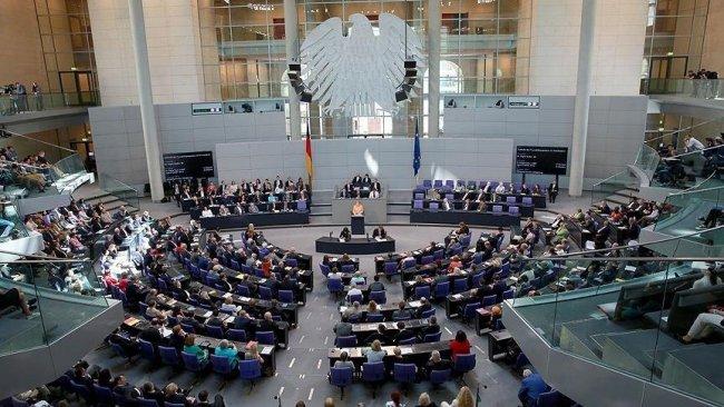 Almanya parlamentosu yenilenebilir enerji yasasını kabul etti