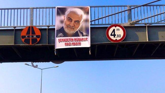 Iğdır'da Kasım Süleymani posteri asıldı
