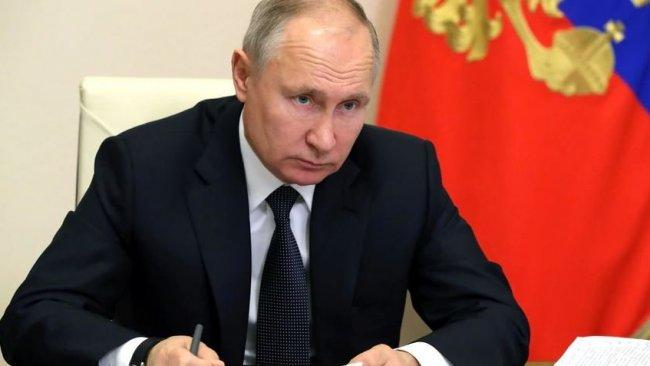Putin: Suriye'de militanların kontrol ettiği alanlar tehdit oluşturuyor