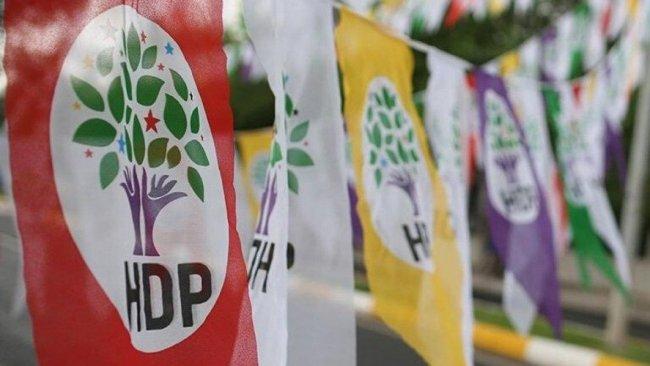 HDP: Kobanê iddianamesi mizah dergilerine kapak olur