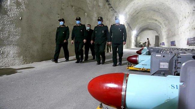 İran Basra Körfezi'nde 'yeraltı füze üssü' kurdu